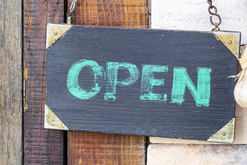 should-agencies-offer-business-reopening-advice