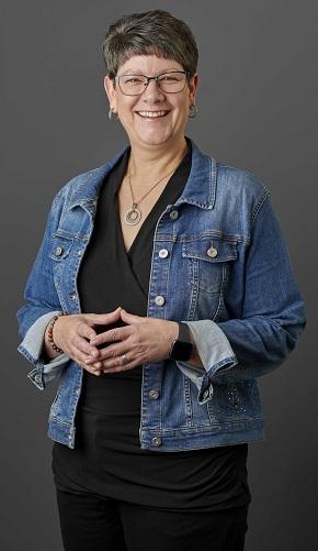 Lynn Salinas