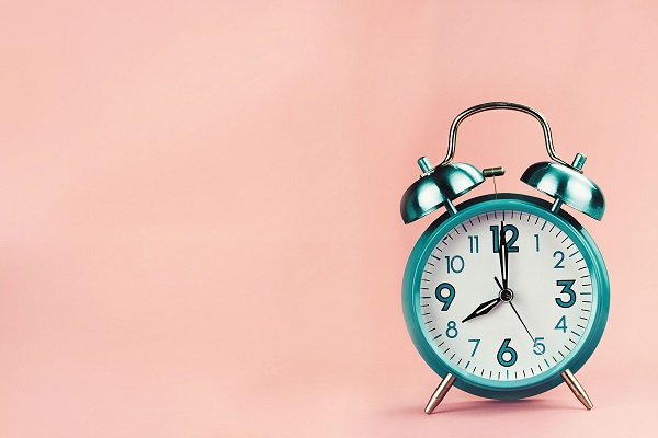 Clocking In: 6 Ways to Encourage Mindfullness in the Workplace