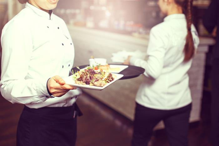 why-restaurant-owners-need-epli-coverage