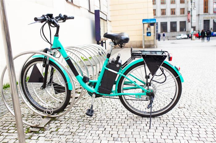are e-bikes considered a 'motor vehicle' on a homeowners policy?