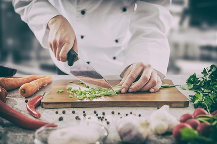 reducing-the-risk-of-restaurant-workers-injuries