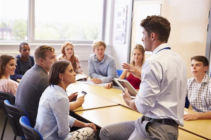 5-steps-for-recruiting-college-grads-to-your-agency